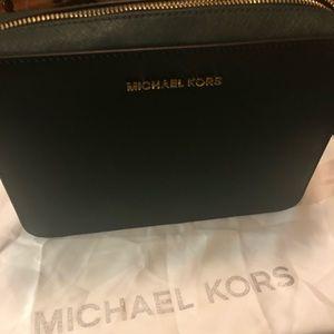 New Michael Kors Crossbody